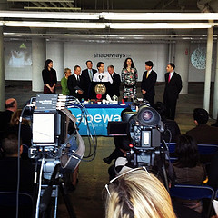 Shapeways CEO Peter Weijmarshausen opening the factory of the future in #nyc