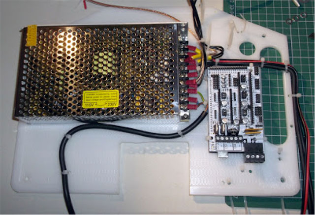 Rostock 3D printer - mounted electronics and power supply2