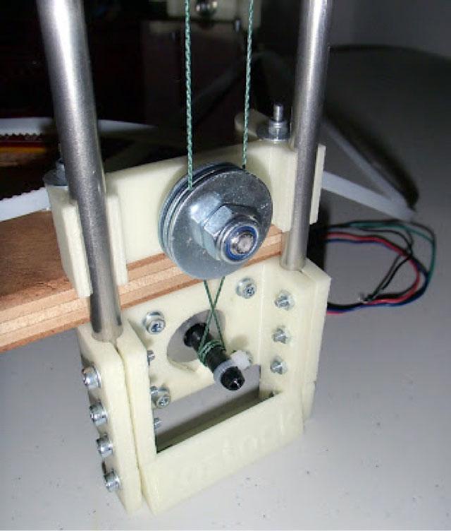 Rostock 3D printer - spectra line