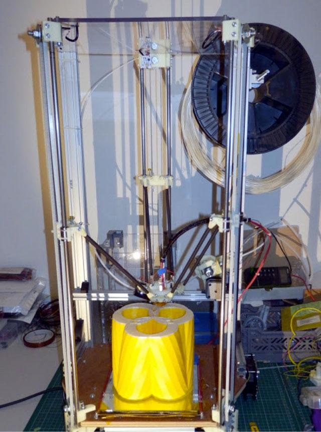 Rostock 3D printer - trinocular 3pot vase