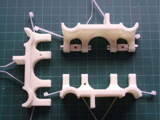Rostock 3D printer - vertical rod carriages