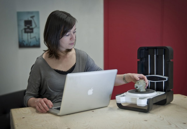 Photon 3D Scanner in action