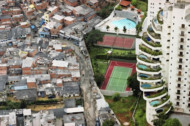 Paraisopolis favela Sao Paulo