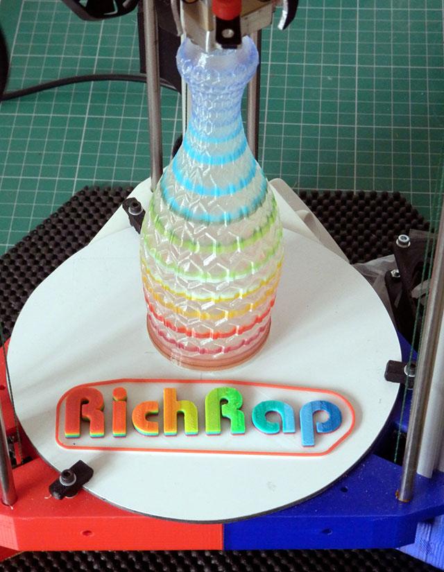 3DR Rainbow Hex cut vase RichRap Delta
