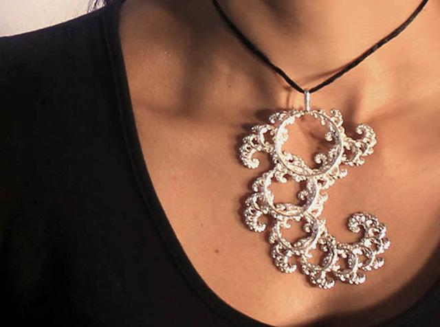 UNELLENU 3D Printed  fractal jewellery
