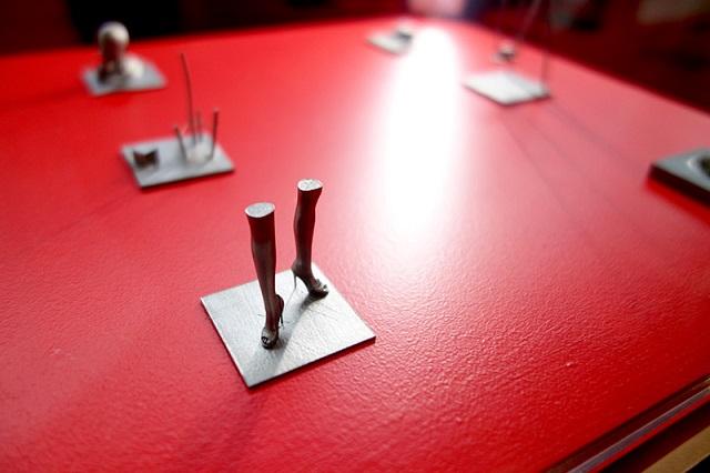 Hugo Arcier's 3D Printed titanium art