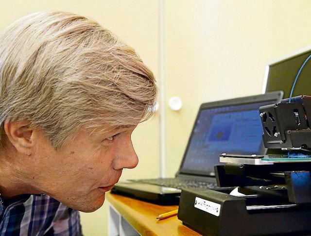 Juha Kantola and 3D printer