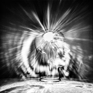 light bulb pinhole camera