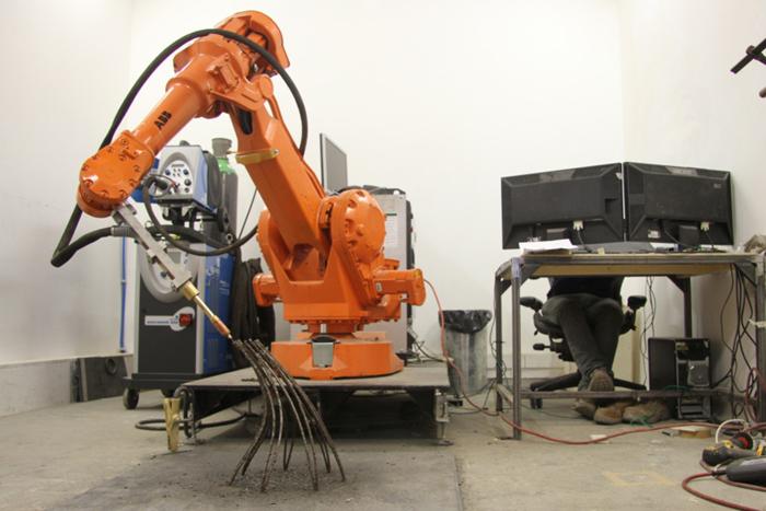 JorisLaarman-MX3DMetal-3D metal printer printing
