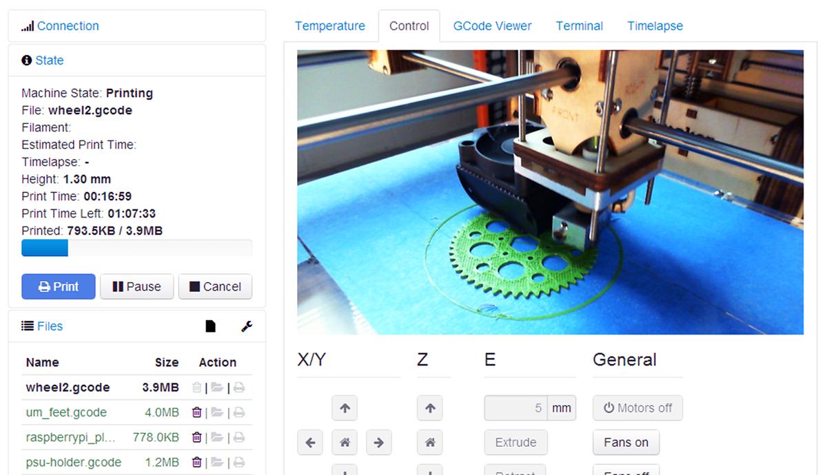 octoprint screen shot of webcam 3d printing
