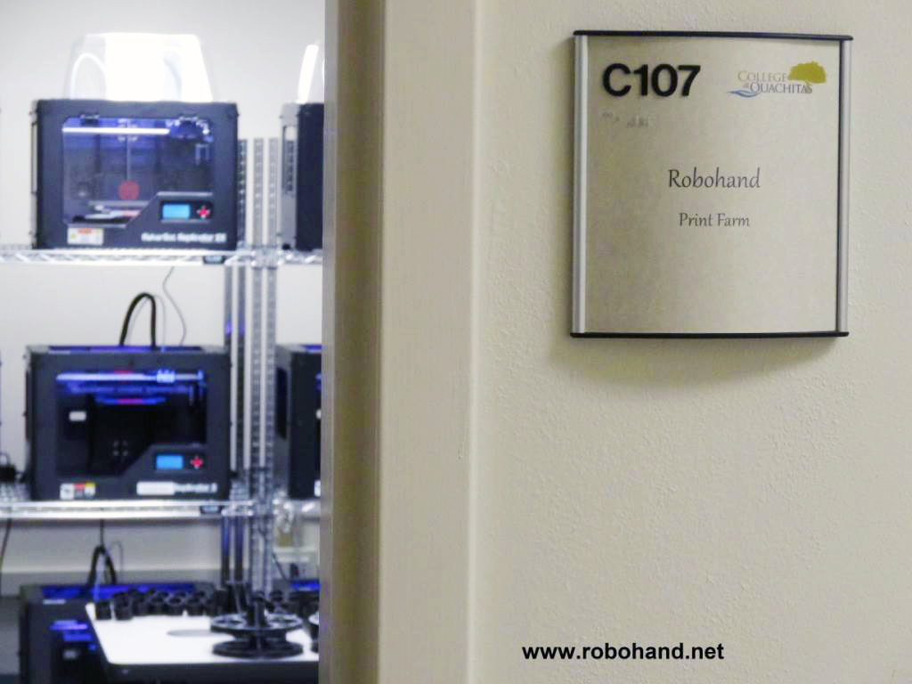 robohand 3D printer farm 5