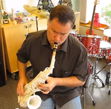 Olaf Diegel Adds a Sax to his 3D Printed Orchestra