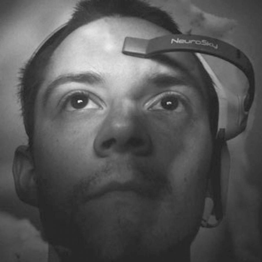 EEG Brainwave Scanner feat
