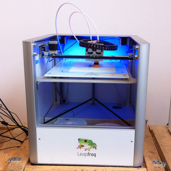 Leapfrog creatr 3d printer