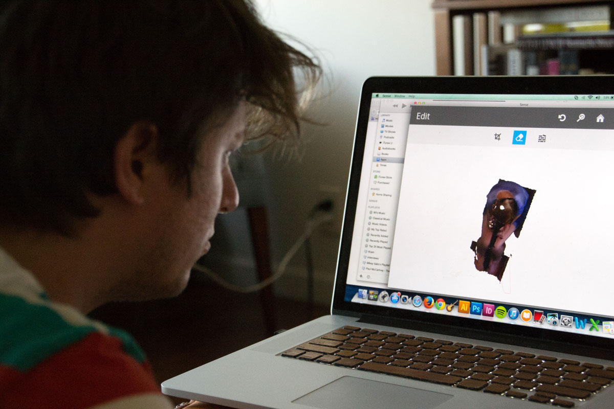 4 mike editing 3D model for 3D printing