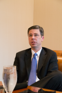 Mayor Andy Berke at lunch with 3D Printing Industry and other press