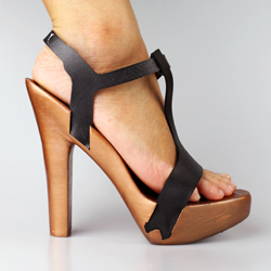 Michele Badia's aphrodite 3D printed high heel shoe