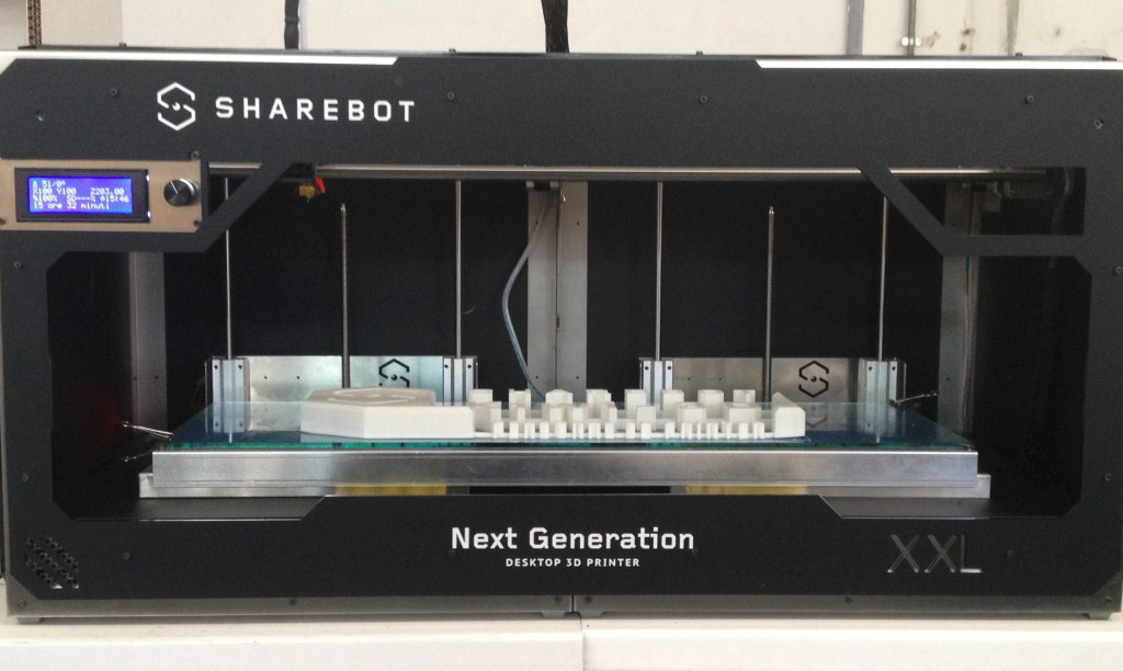 sharebot xxl 3d printer front