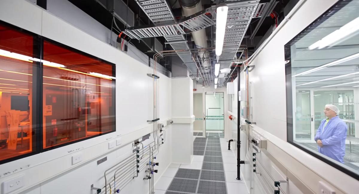 RMIT melbourne's MicroNano Research Facility with rapid 3D nanoscale printer