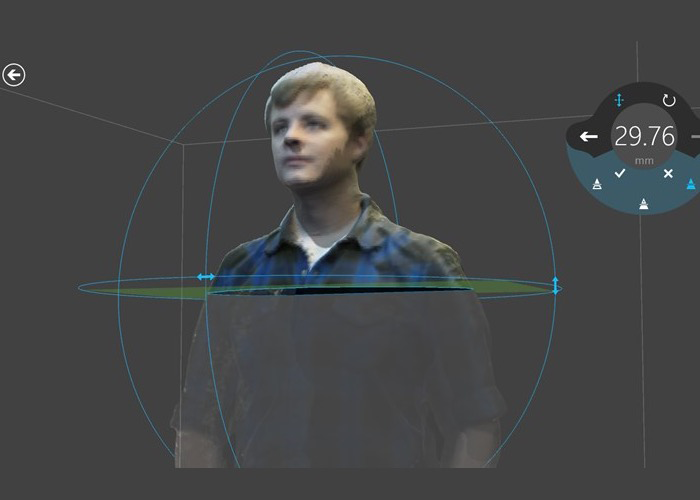 3D builder allows for 3D scans for 3D printing with Kinect