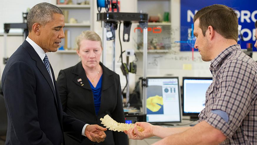 obama visits 3D printing lab at boise