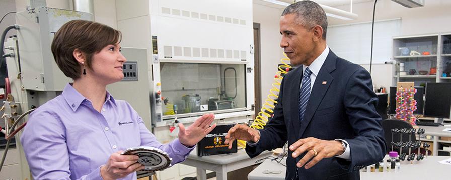 obama visits ceramics and 3D printing lab at BSU