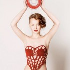 A Red Corset is Born in 6 Steps Through 3D Printing and Social Media