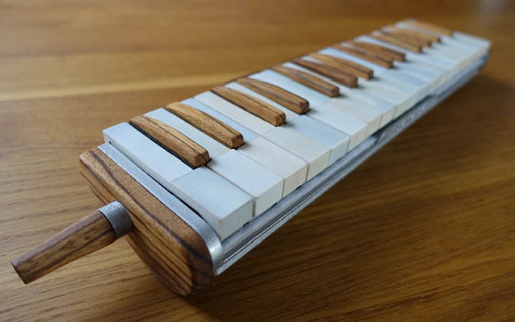 3D printed melodica finished by Daren Banarsë