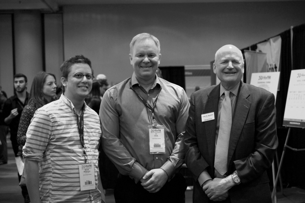 From right to left: Michael Molitch-Hou, Editor of 3DPI, Ari Honka, co-founder of 3DPI, and MecklerMedia CEO Alan Meckler
