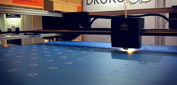 Monkeyfab KILO 3D printer printing