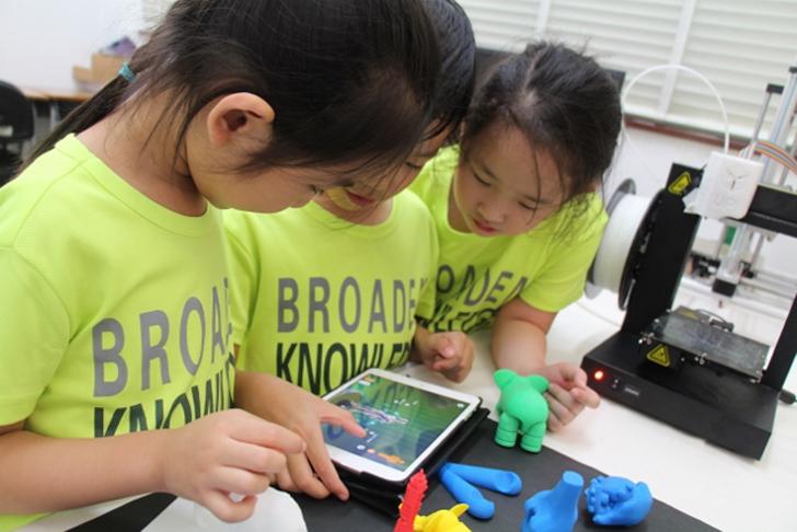 hong kong school 3D printing with makers empire