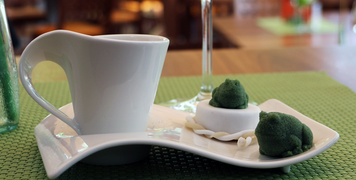 3D printed marzipan frogs