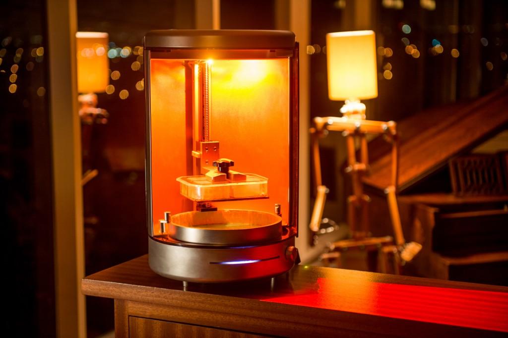 kast 3D printer in room