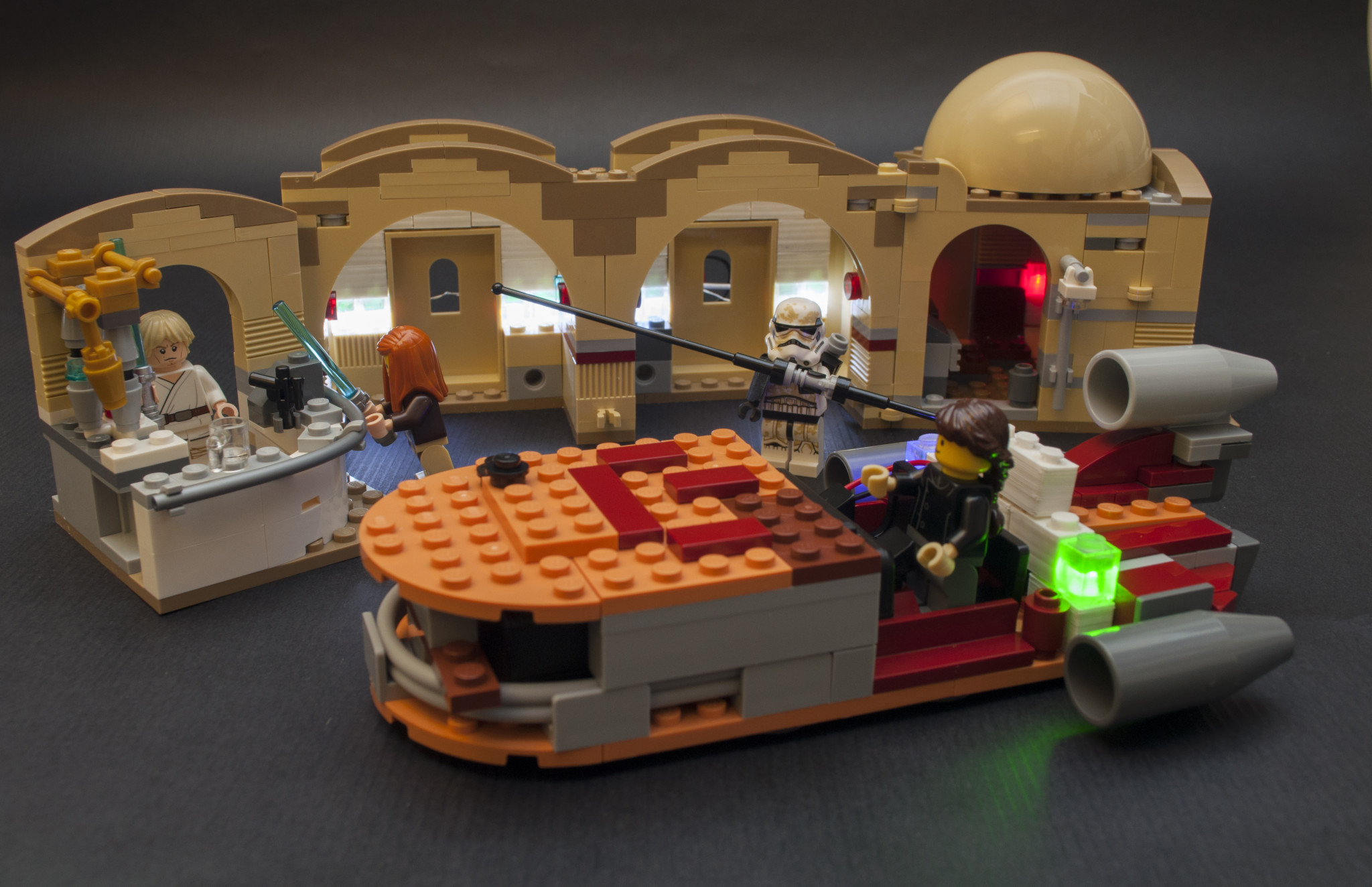build upons legos with light up bricks