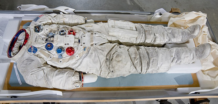 3D scan Neil Armstrong's suit for 3D printing on Kickstarter