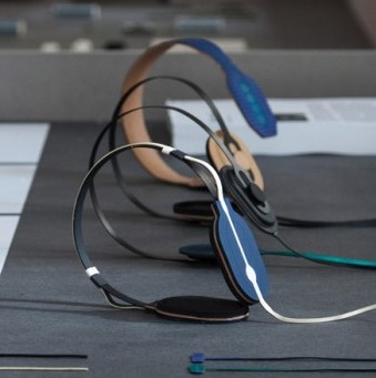 Super-Thin Headphones Pop Eyes & Ears with Printed Electronics