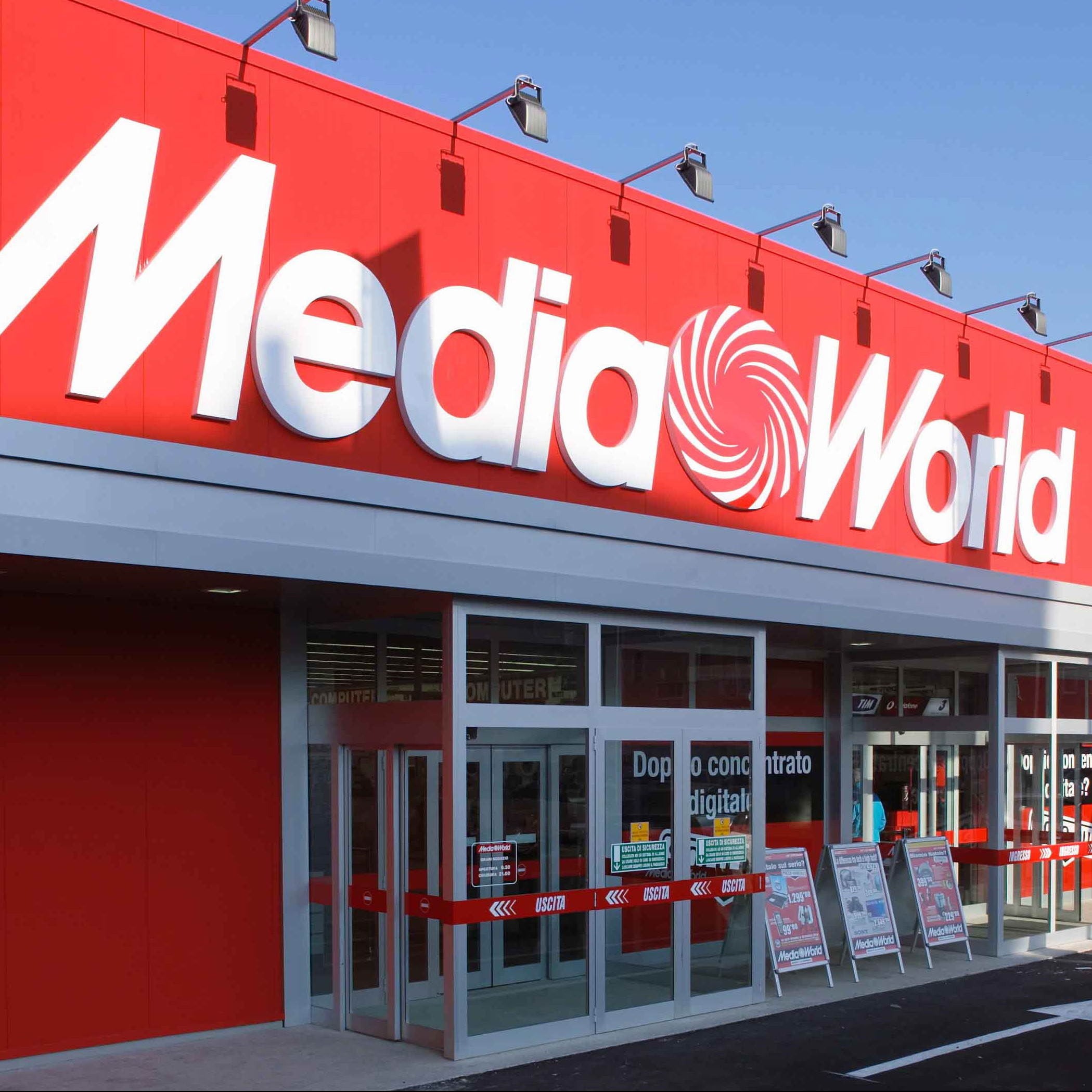 Media Markt Deal Marks Sharebot's Voyage from Italy to Germany