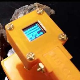 Young Nuclear Physicist Builds Geiger Counter with 3D Printed Parts