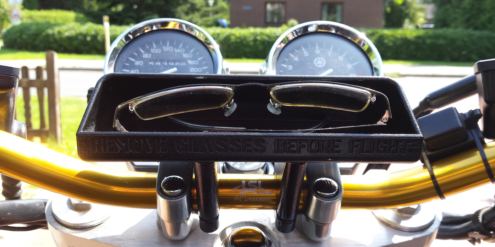 painted 3D printed yamaha glasses compartment