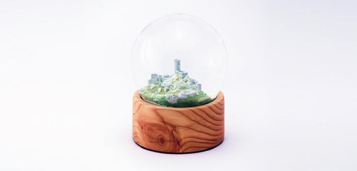 3D printed Smolen Castle in snow globe from juriperus