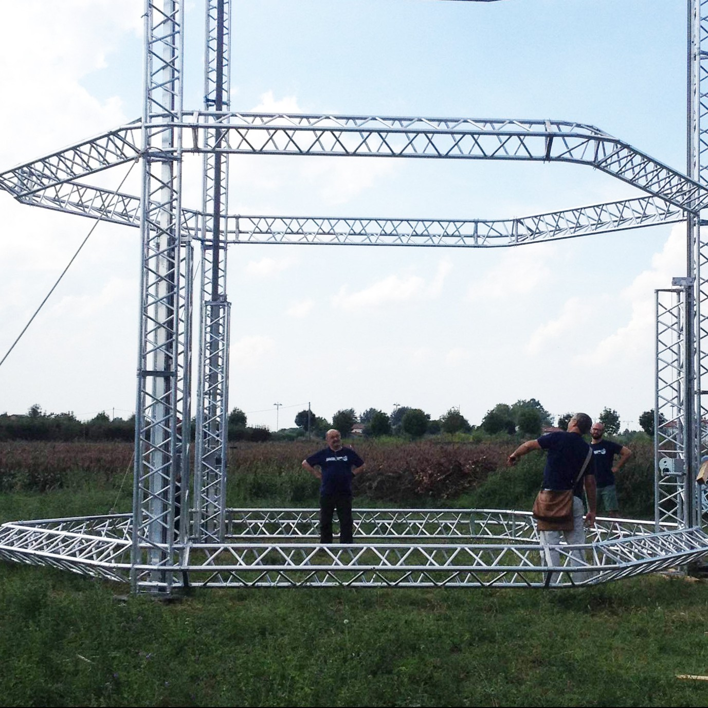 "Update: ""Reality of a Dream"" Festival Unveils WASP's 12-Meter Big Delta 3D Printer"