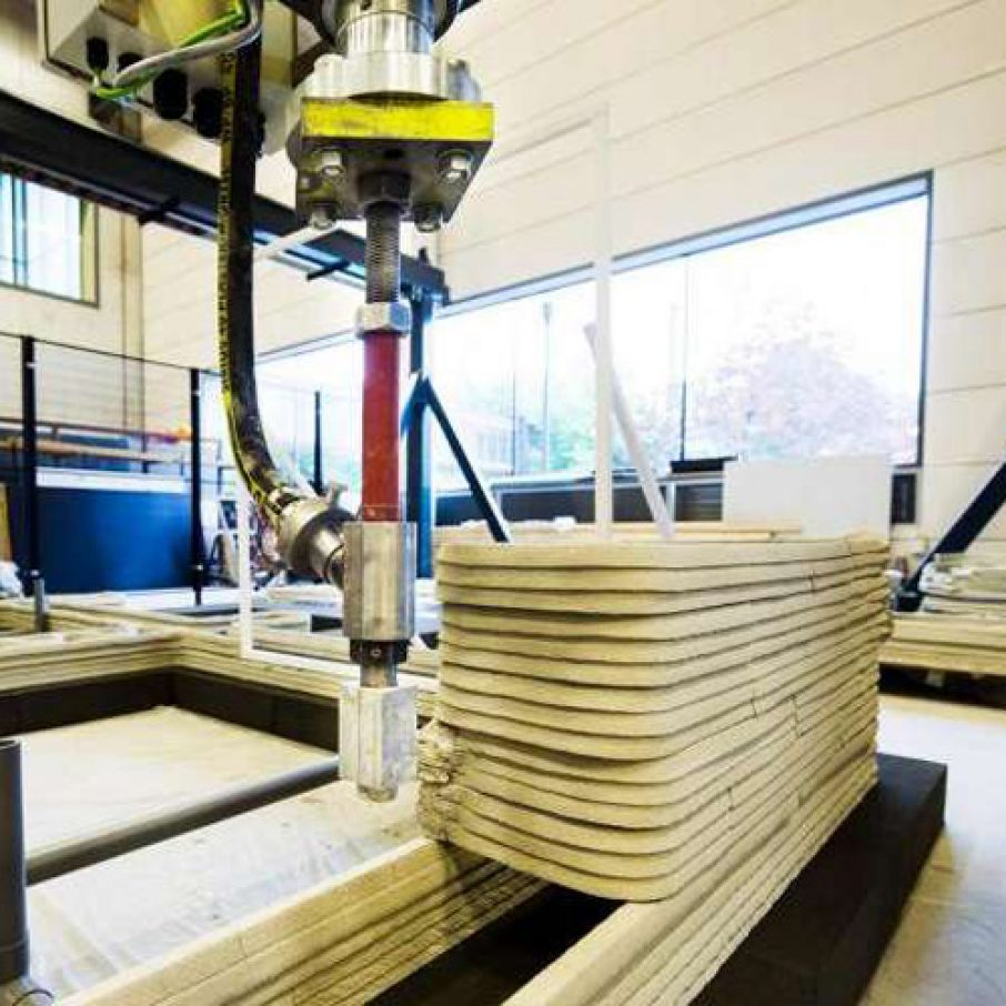 Concrete 3d printer breaks down walls of traditional for Construction 3d