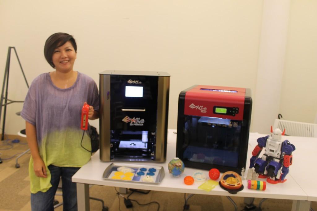 XYZprinting food 3D printer, intel scanner, and da vinci pro 3D printer