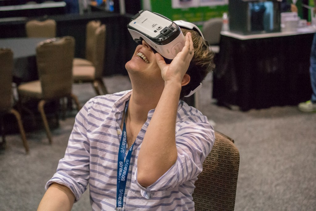 mike using VR at Inside 3D Printing