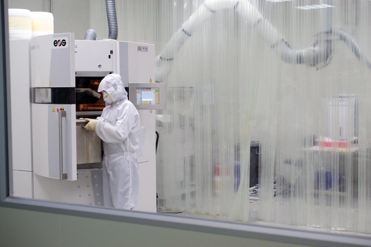 DETEKT 3D printers in Taiwan clean room