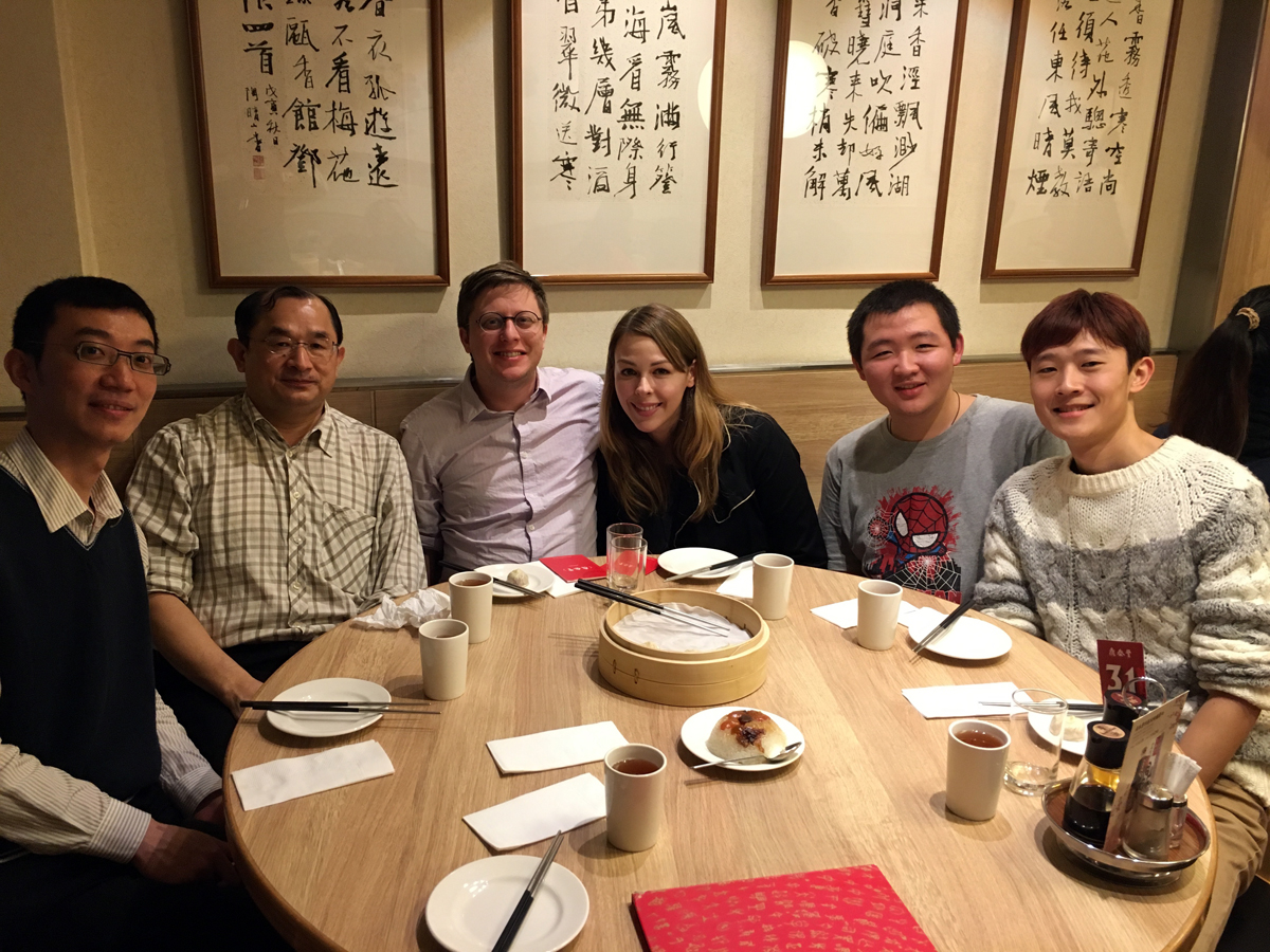 Din Tai Fung with Prof. Jeng of NTUST and 3D Printing Industry