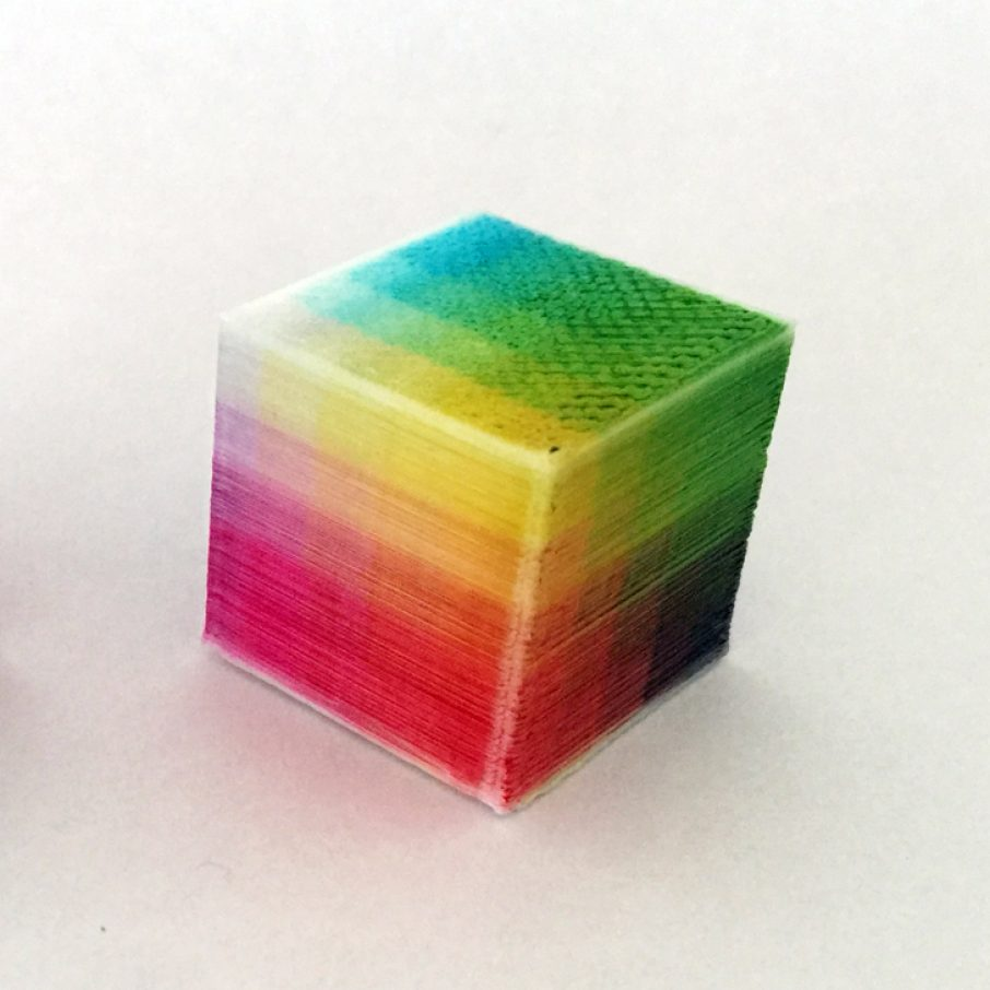 Lunavast Adds Layer Dying To Color FDM 3D Printer