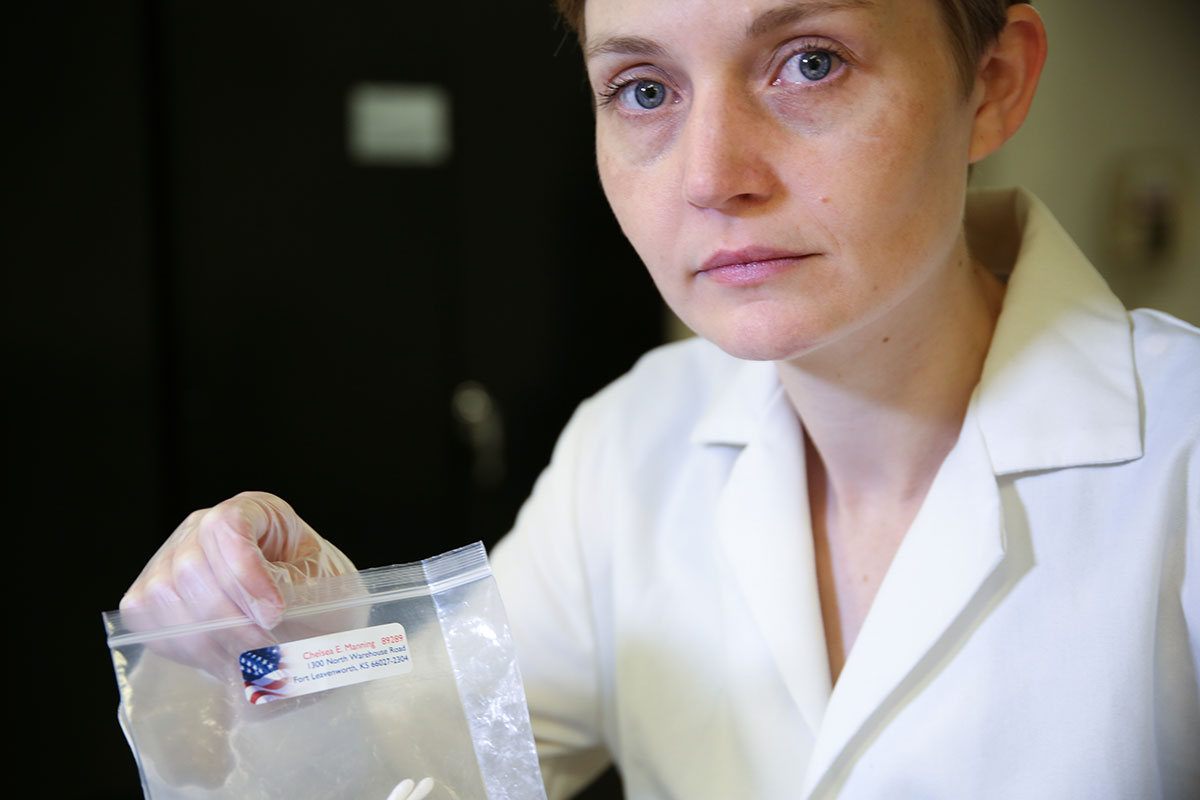 Heather Dewey-Hagborg with Chelsea Manning DNA for Radical Love project 3D printing Chelsea Manning's face