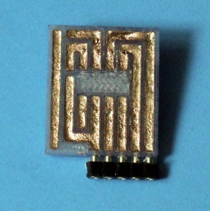 Traces_Filled 3D printed circuit board
