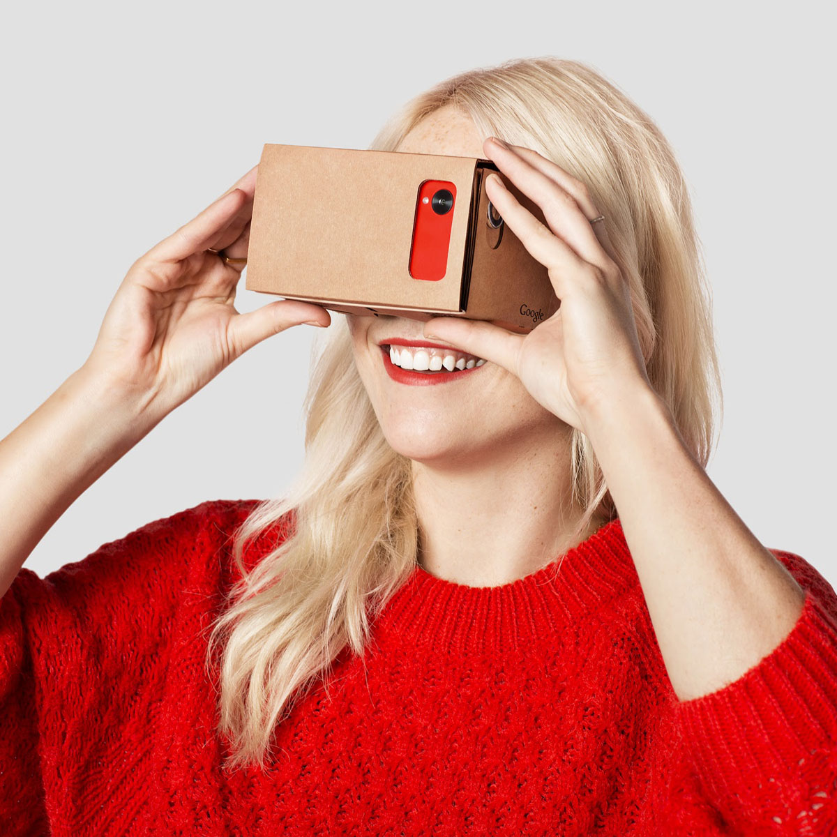 google cardboard google's new virtual reality department
